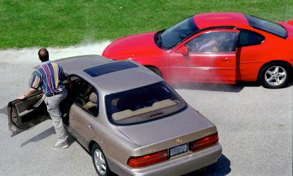 Here are six things you should do if you ever witness an accident.
